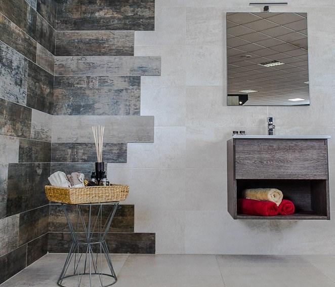 Azulejos ba o o cocina pavimentos hidromasaje platos for Inodoro de azulejo de pared